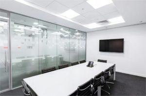 salle de réunion table Écran